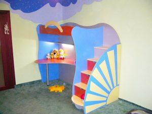 Мебель-для-детской-кровать-стол