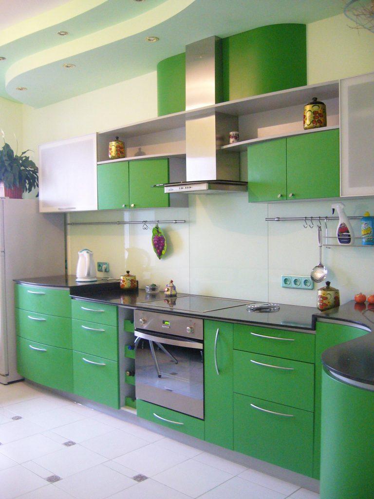 Мебель-для-кухни-мдф-зелёная