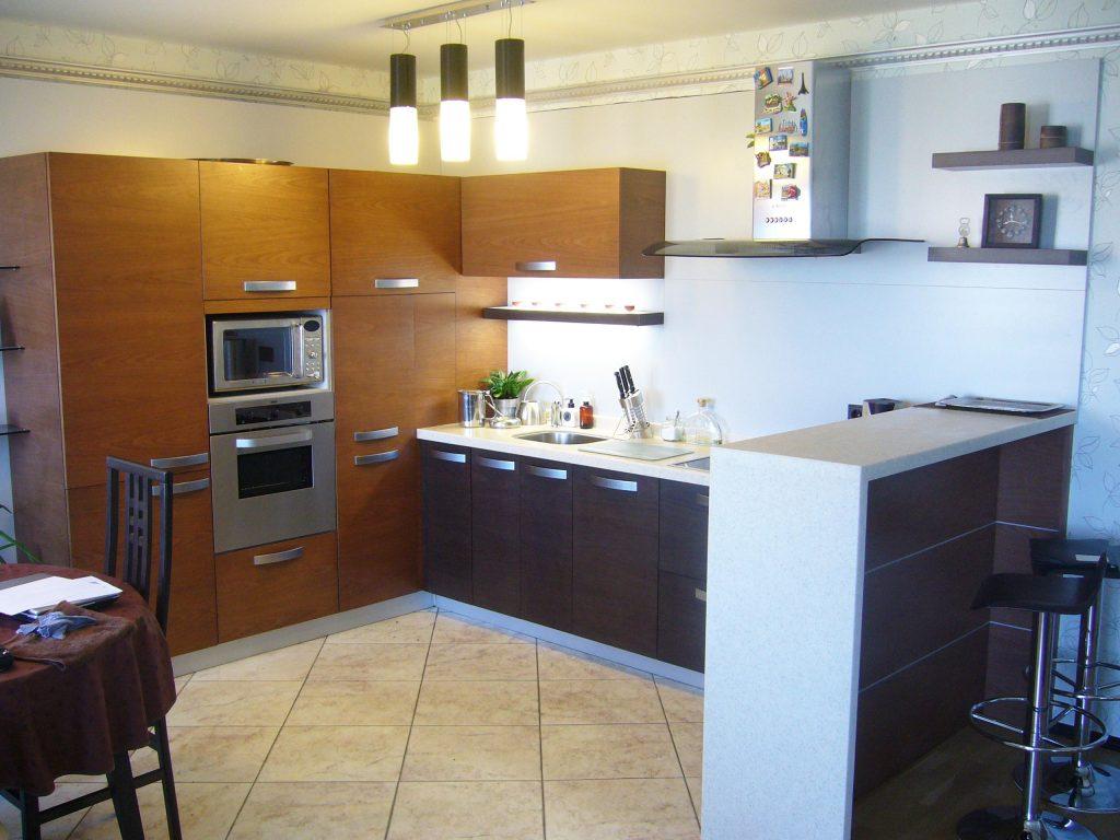 Мебель-для-кухни-шпон-два-цвета