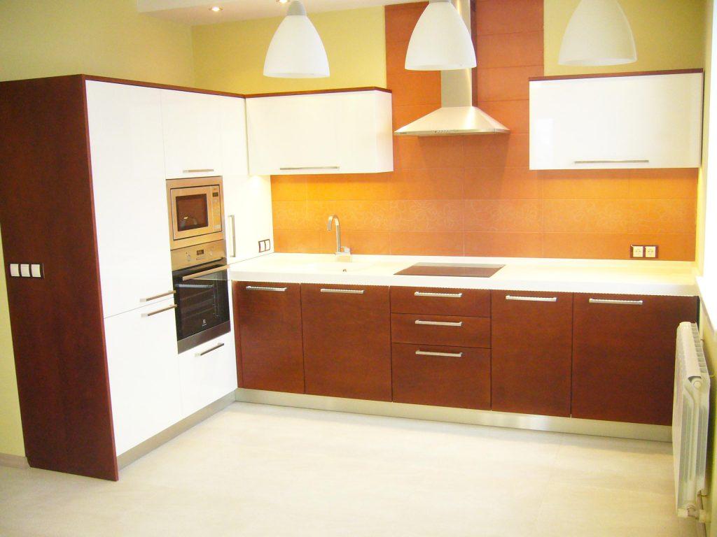 Мебель-для-кухни-шпон-мдф-искуственный-камень